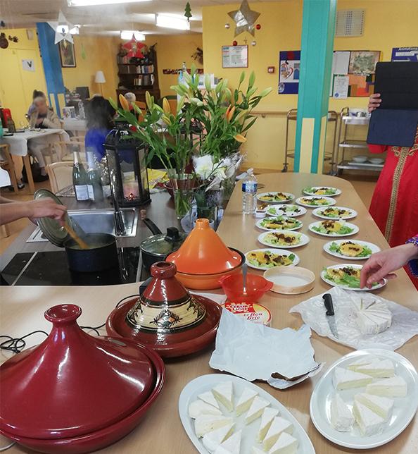 Photo présentation de plats marocains